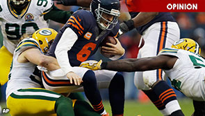 Chicago Bears QB Jay Cutler sacked by LB Clay Matthews