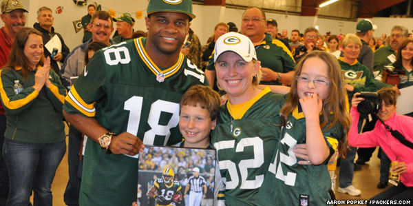 Tomah's Recreation Park was an electric venue Friday night for the fourth party of the Green Bay Packers Tailgate Tour.