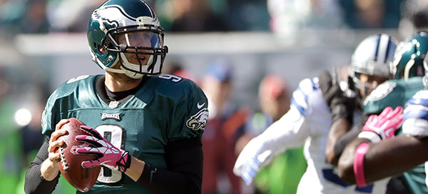 131106-eagles-foles-600