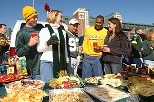 141104-Week-20-Green-Bay-Packer-Fans-Tailgating