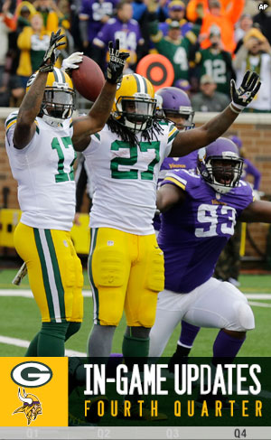 Packers RB Eddie Lacy celebrates a TD