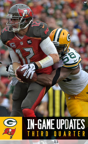 Green Bay Packers linebacker Sam Barrington sacks Buccaneers QB Josh McCown
